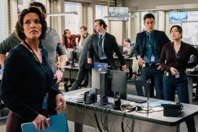 FBI and Chicago PD Crossover Event on March 31st - First time crossover event between NBC to CBS