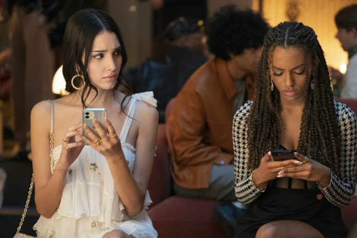 Gossip Girl Reboot Season 1 Episode 1 zion-moreno-lee-smith-min